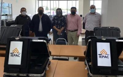 El IEPAC Yucatán recibió 12 urnas electrónicas de parte del IECoahuila