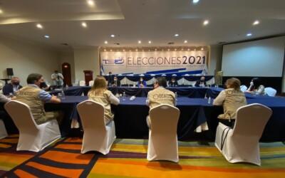 El TSE recibió a integrantes de la misión de observación electoral de la OEA