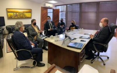 El presidente de la Junta Directiva de la CAOESTE se reunió con funcionarios del Poder Legislativo, el Poder Judicial Electoral y del Tribunal Regional Electoral de Santa Catalina, Brasil